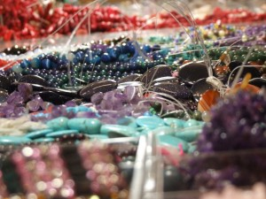 exhibition jewels and beads, Do you need one stone or 50?